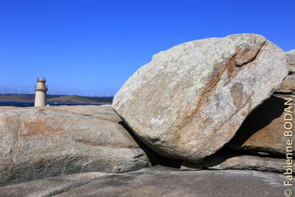 Drôles de pierres, non ? D'où proviennent-elles ? © Fabienne Bodan