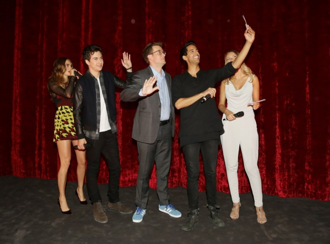 16.06.2015 Berlin Paper Towns Fan Event at the Zoo-Palast in Berlin with Cara Delavingne , Nat Wolff and John Green ( Model release No ) © Christian Schulz Mobil 01723917694 Finanzamt Kreuzberg St.Nr. 14/524/60768 Honorarpflichtig  7% Mwst Bankverbindung Sparkasse Berlin Blz 10050000 Kto 640188842