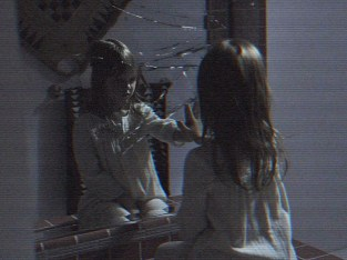 Paranormal-Activity-The-Ghost-Ivy-George-Leila