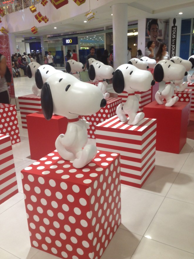 SNOOPY display at SM Fairview