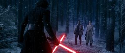 Star Wars: The Force Awakens..L to R: Kylo Ren (Adam Driver), Finn (John Boyega), and Rey (Daisy Ridley)..Ph: David James..© 2015 Lucasfilm Ltd. & TM. All Right Reserved.