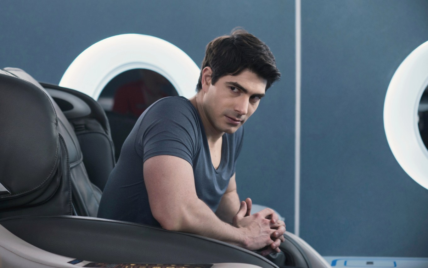brandon routh stars in LOST IN THE PACIFIC