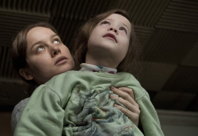 brie larson and jacob tremblay in ROOM-