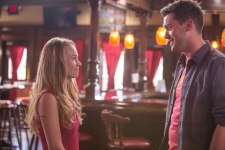 britt robertson and jack whitehall in MOTHER'S DAY
