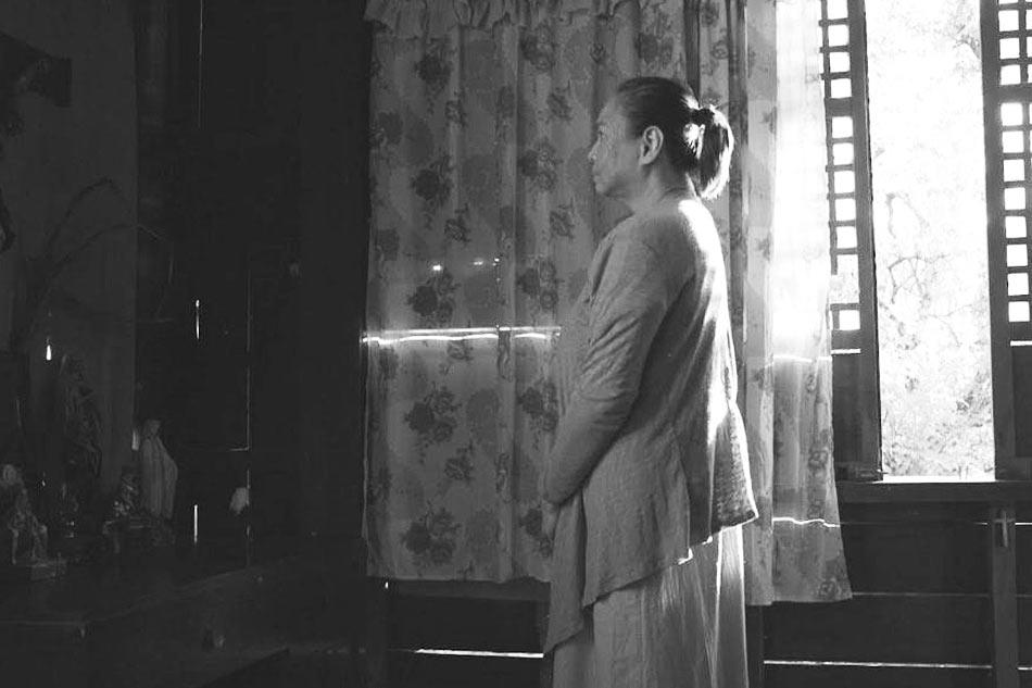 ang-babaeng-humayo-02
