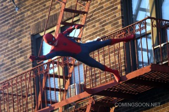 """NEW YORK, NY - SEPTEMBER 27: Tom Holland filming his own stunts as the title role in """"Spiderman : Homecoming"""" on September 27, 2016 in New York City. (Photo by Steve Sands/GC Images)"""