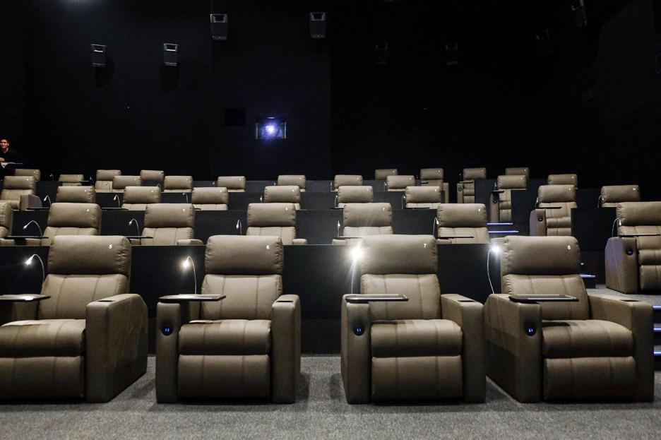 Director's-Club-Cinema-(1)