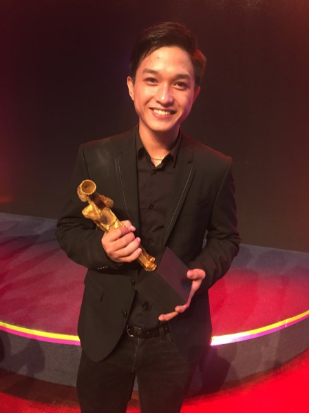 Gold Aceron wins Best Actor for 'Metamorphosis' at the 2019 Cinema One Originals 2019