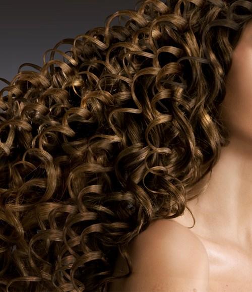 Seis consejos para cuidar el cabello durante el verano