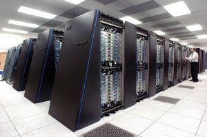 Ciri komputer mainframe