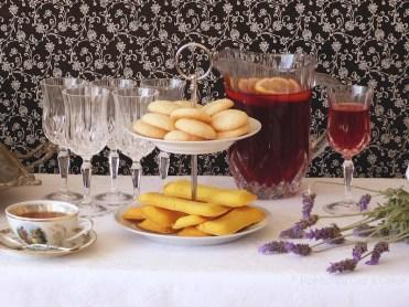 Tea Board with Pastries {Té con Pastas}