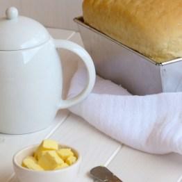 White Sandwich Bread {Pan de Molde}
