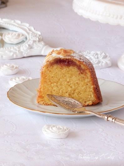 Bakewell Bundt Cake {bizcocho de almendra y mermelada}