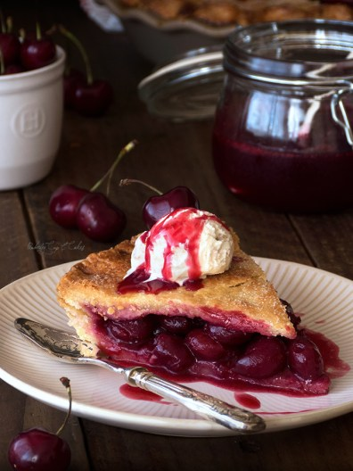 Double Crusted Cherry Pie (Tarta de cerezas estilo americano)