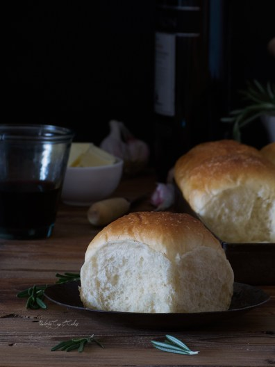 Dinner Rolls (Panecillos)
