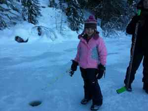 Pemberton Winterfest Ice fishing (15)