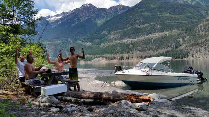 Families with kids fishing tours in Whistler BC Canada