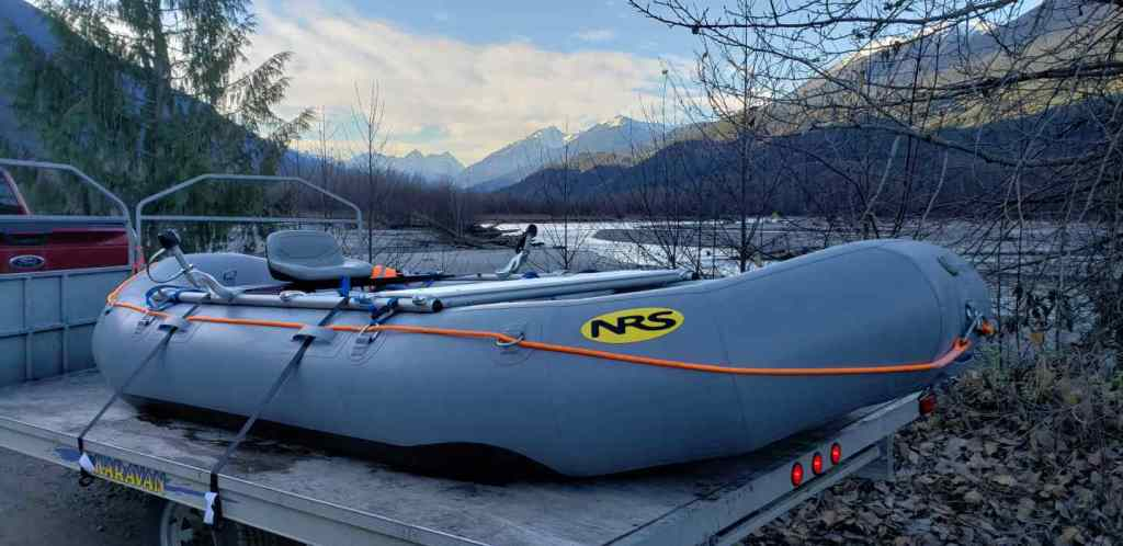 Raft fishing trips in Canada