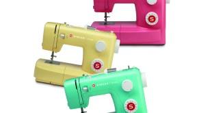 SINGER renkli dikiş makinesi