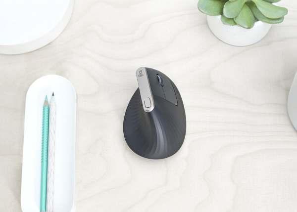 Logitech'ten yepyeni dikey mouse: Logitech MX Vertical