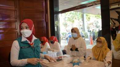 Jabar Inisiasi Vaksinasi Berbasis Bidan Desa