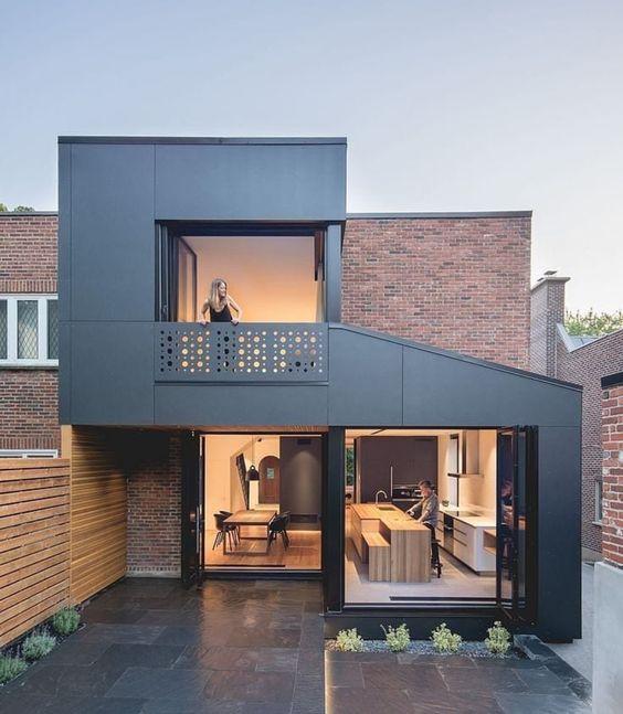 Rumah Minimalis 2 Lantai Futuristik