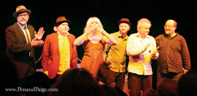 Emmylou Harris and Her Red Dirt Boys bid the crowd a farewell.