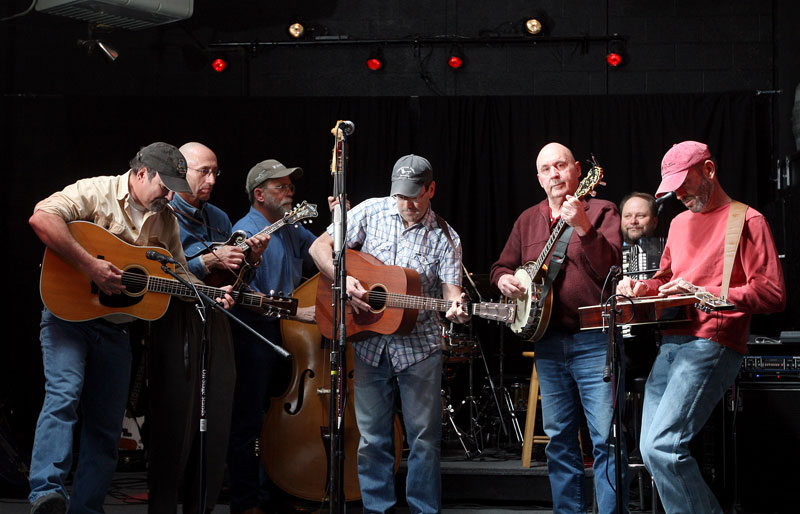 Longtime Lonesome Dogs in performance at the Yellowstone Brewing Co. in 2008. (Photo by Casey Riffe)