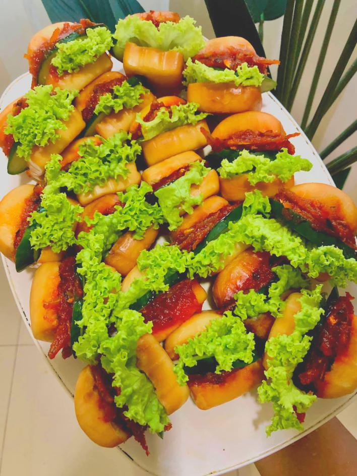 burger malaysia mantou