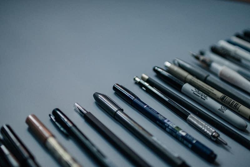 Pen-VS-Pencil