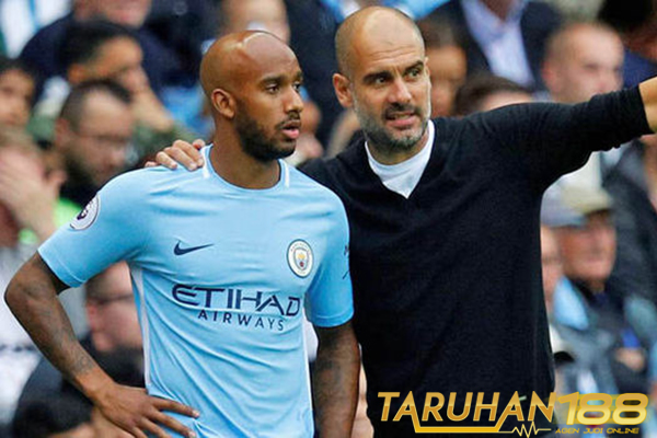 Delph Buat Manchester City Tak Khawatirkan Lagi Soal Cedera Mendy