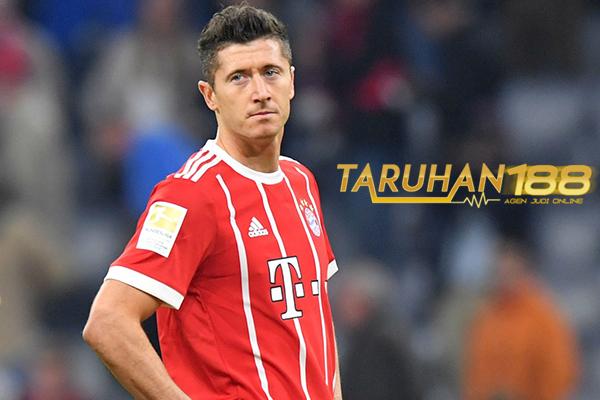Lewandowski Keluhkan Bayern Harus Rekrut Pemain Muda Pengalaman