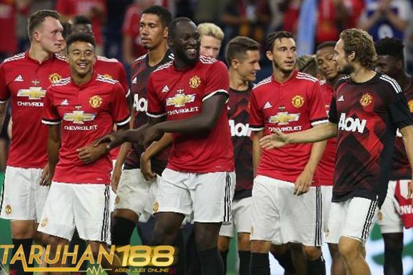 Manchester United Persiapkan Kontrak Baru Untuk Empat Pemainnya