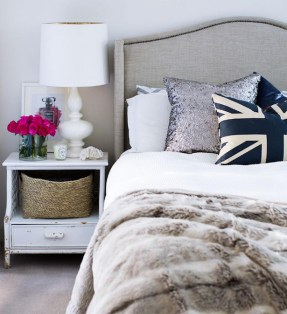 Texture and pattern make this bed. Image via decor pad.