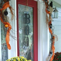 Fall Décor to Halloween – Add a Little Spook to the Front Porch