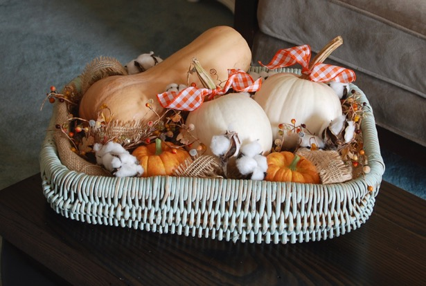 simply-seasonal-fall-home-tour-pumpkin-basket