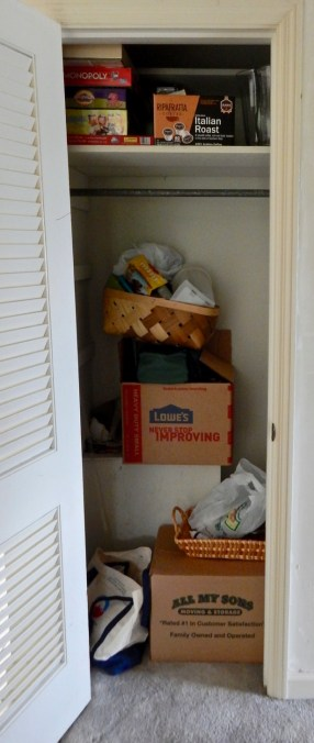 Does your closet look like mine? I've got a plan to get organized!