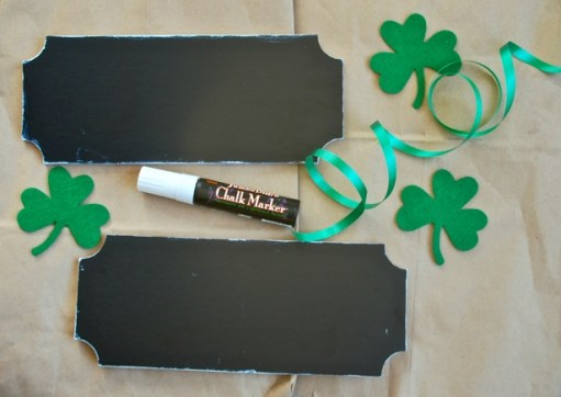 Make decorating your front door for Valentine's Day and St. Patrick's Day easy with these DIY reversible door tags.