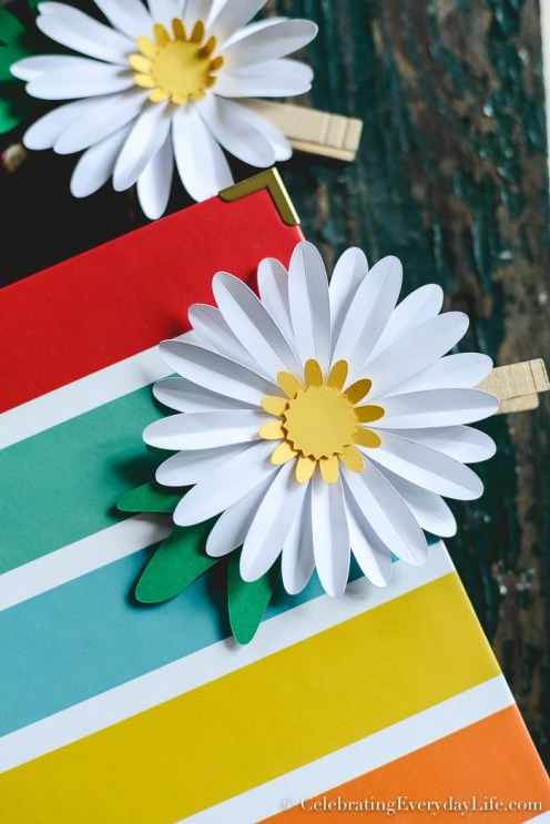 How-to-Make-an-Easy-Paper-Daisy-3-1