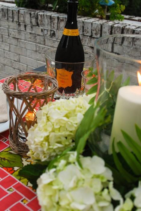 alfresco-summer-dining-hydrangea-tablescape-23