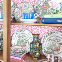 Tips for Styling a China Cabinet