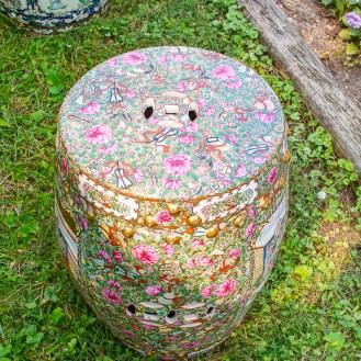 vintage-mandarin-garden-stool-rose-medallion-4