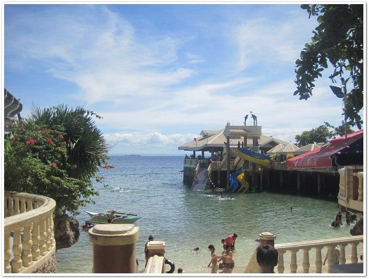 Beach Resort Near Cebu City: Blue Reef Hotel in Mactan Island