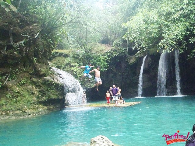 Falls Jumping Kawasan