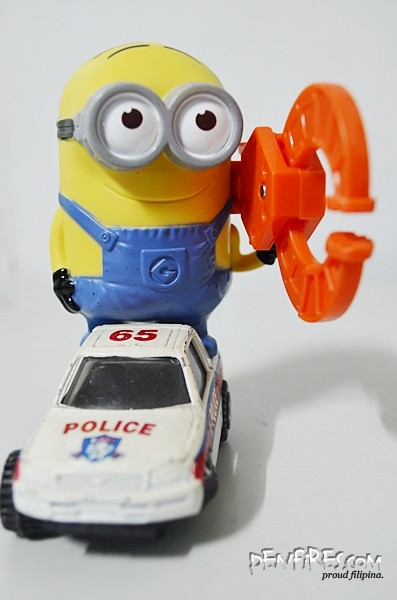 despicable me2 minions happy meals