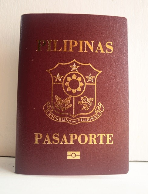 Philippine passport applying