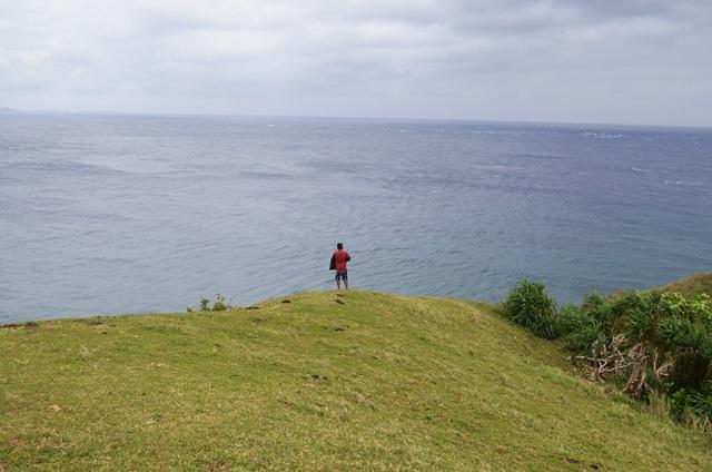 hills edge batanes naidi