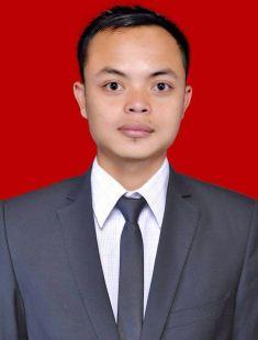 Taufiq Hidayatuloh, S.H