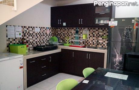 Fasilitas dapur Omah Pinangsia