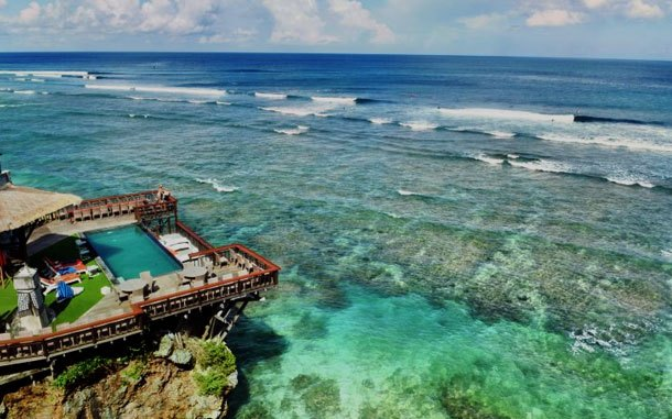 Pantai Blue Point Bali (sumber: trip.com)